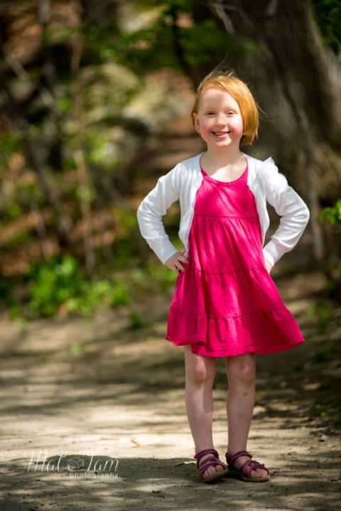 photoshoot_arlington_family_children_girl_in_red_dress