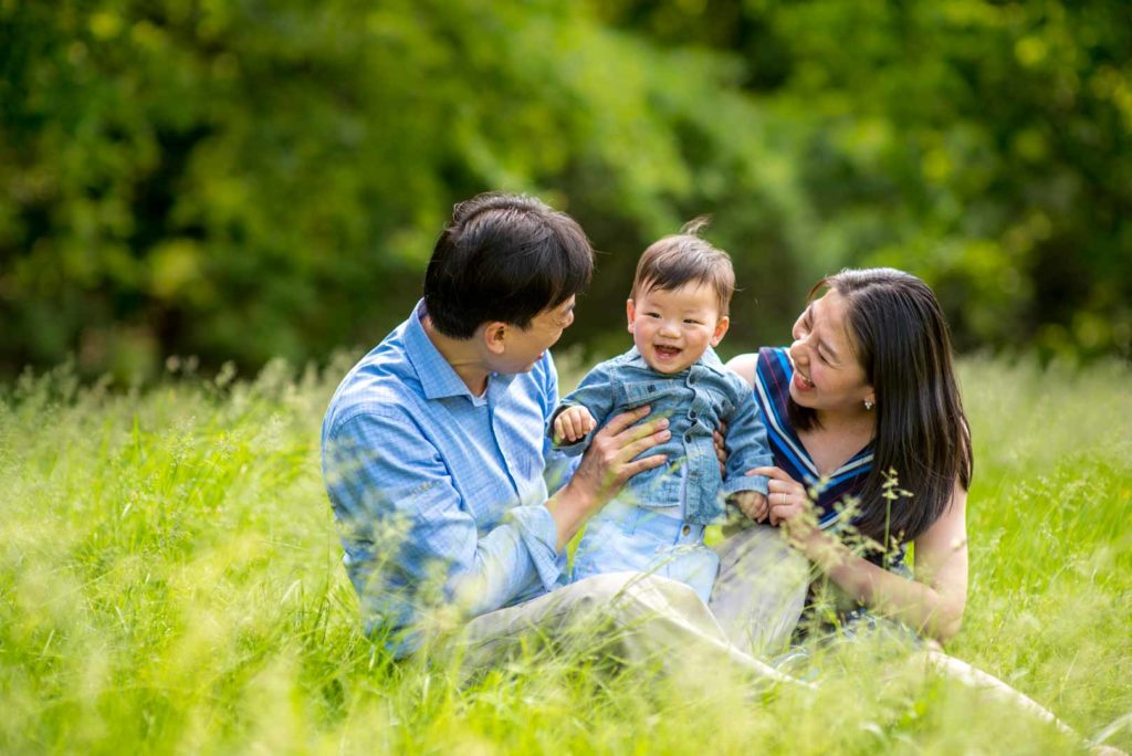 unique_family_photo_shoot_ideas